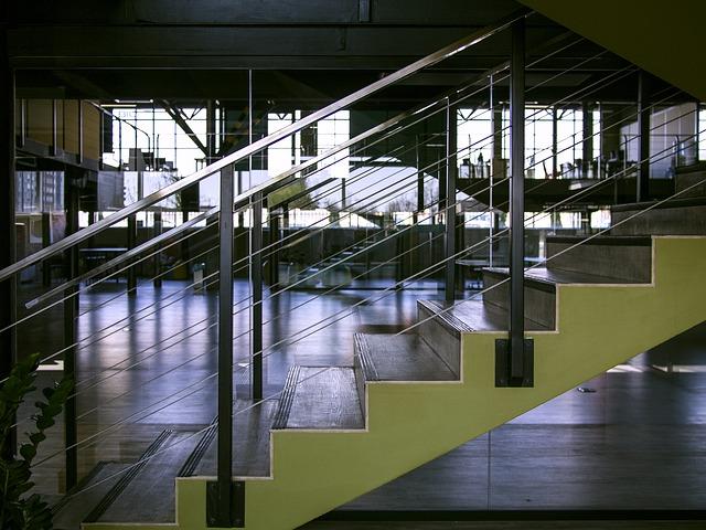 schody v hale